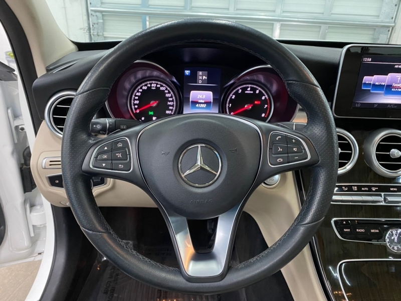 MERCEDES-BENZ C300 2017 price $23,495