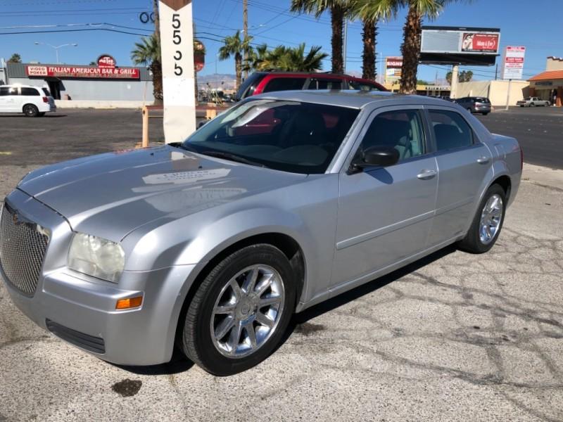 Chrysler 300 2006 price $4,995 Cash