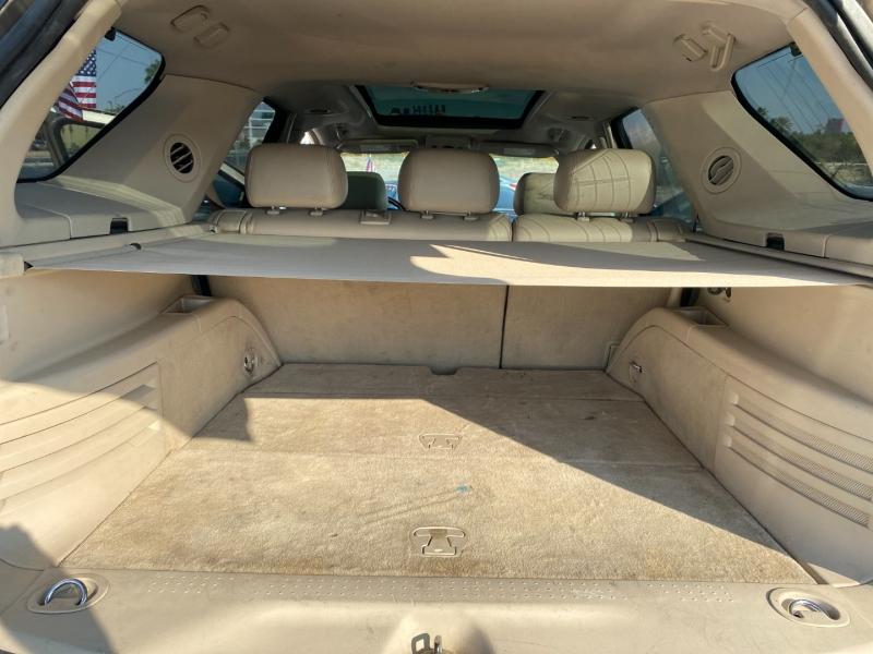 Cadillac SRX 2005 price $3,995 Cash
