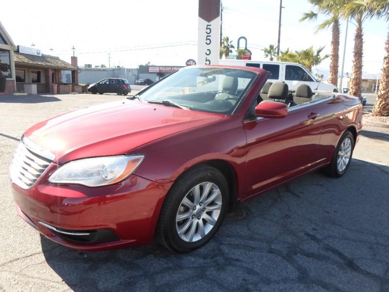 Chrysler 200 2011 price $3,995 Cash
