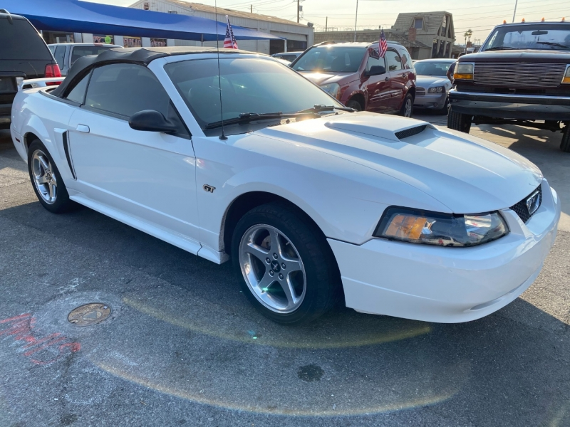 Ford Mustang 2003 price $5,495 Cash
