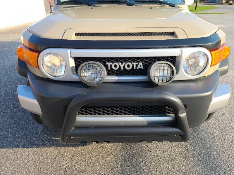 TOYOTA FJ CRUISER 2013 price $23,995