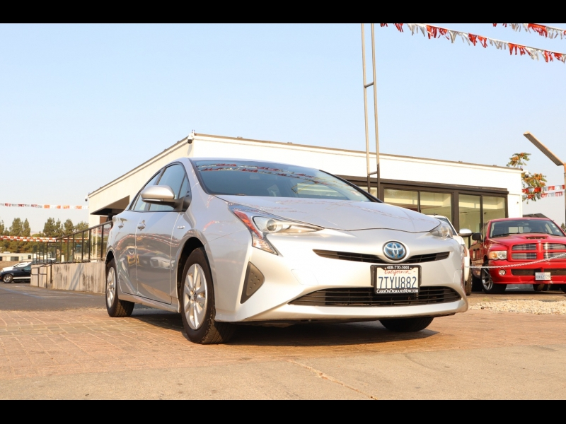 Toyota Prius 2017 price $15,888