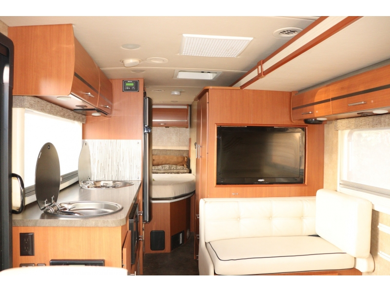 MERCEDES BENZ WINNEBAGO VIA2,DIESEL 2013 price $69,885