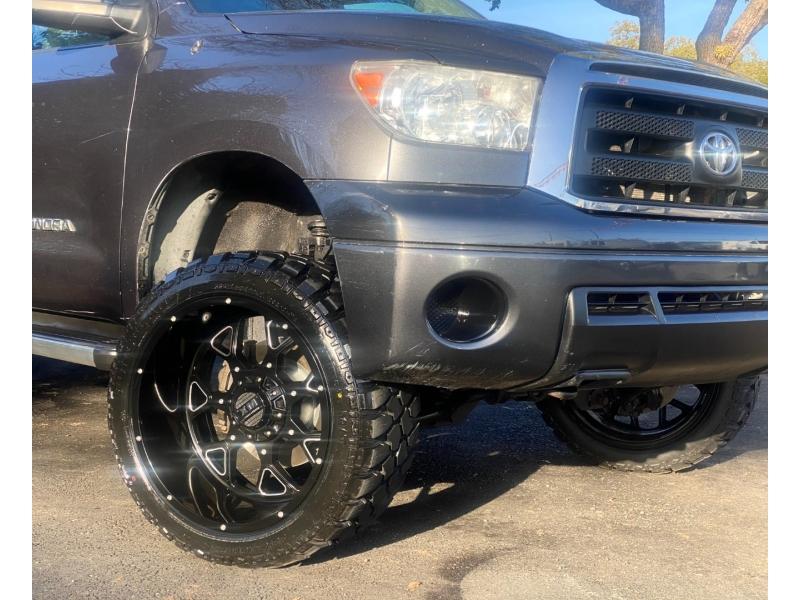 Toyota Tundra 4WD Truck 2011 price $25,888