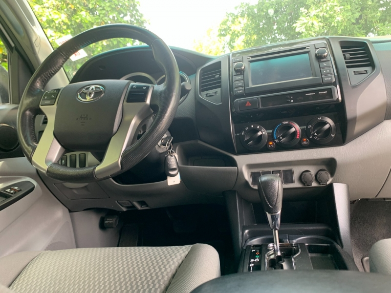Toyota Tacoma 2013 price $21,760