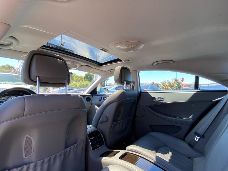Mercedes-Benz CLS-Class 2011 price $18,887