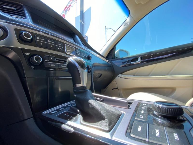 Hyundai Equus 2014 price $19,887