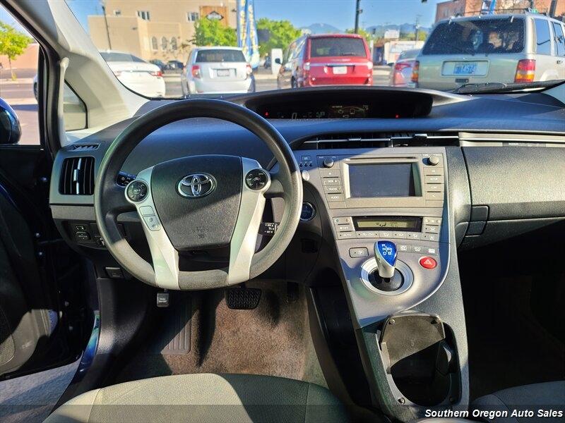 Toyota Prius 2014 price $9,495