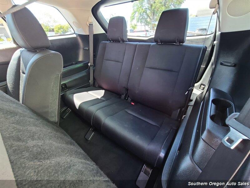 Mazda CX-9 2012 price $12,950