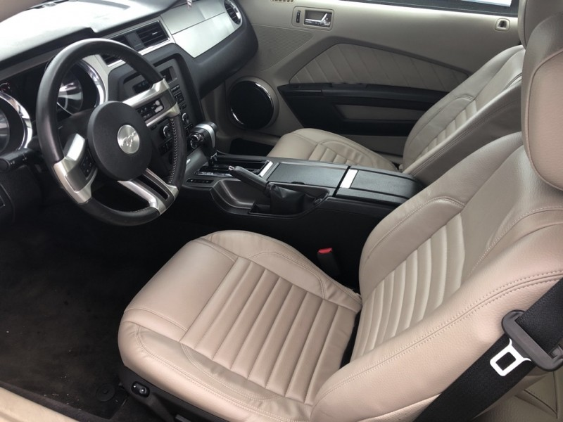 FORD MUSTANG 2011 price $11,888