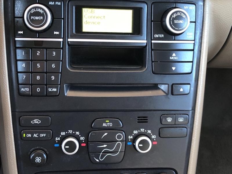 VOLVO XC90 2010 price $10,999