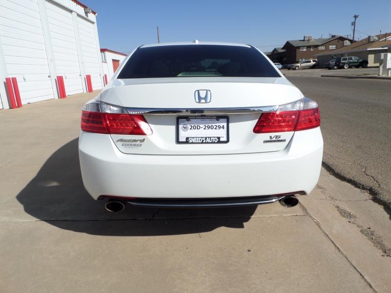 Honda Accord 2013 price $10,450