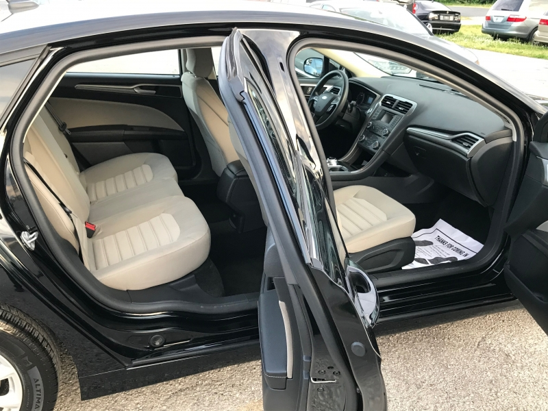 Ford Fusion 2018 price $12,990