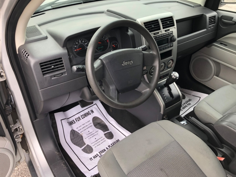 Jeep Compass 2007 price $4,990