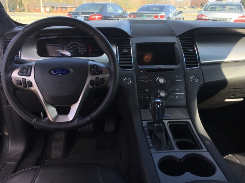 Ford Taurus 2018 price $14,990