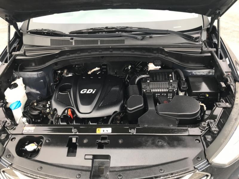 Hyundai Santa Fe Sport 2015 price $10,990