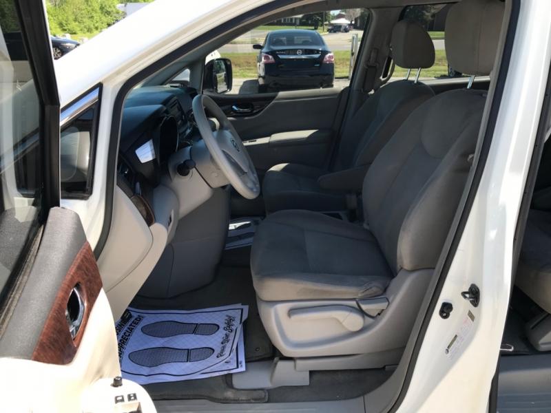 Nissan Quest 2015 price $10,990