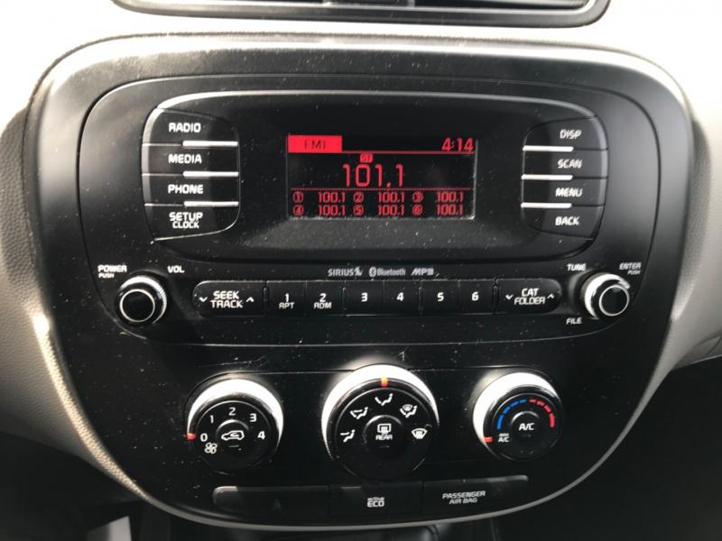 Kia Soul 2015 price $10,990