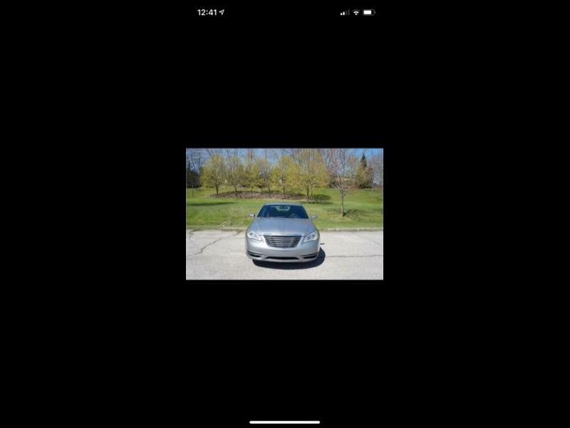 Chrysler 200 2014 price $12,009