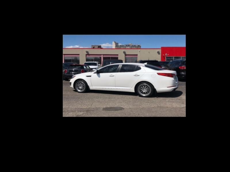 Kia Optima 2012 price $1,759