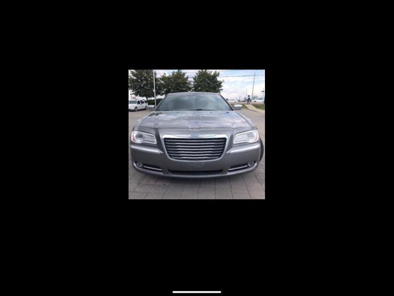 Chrysler 300 2012 price $13,009