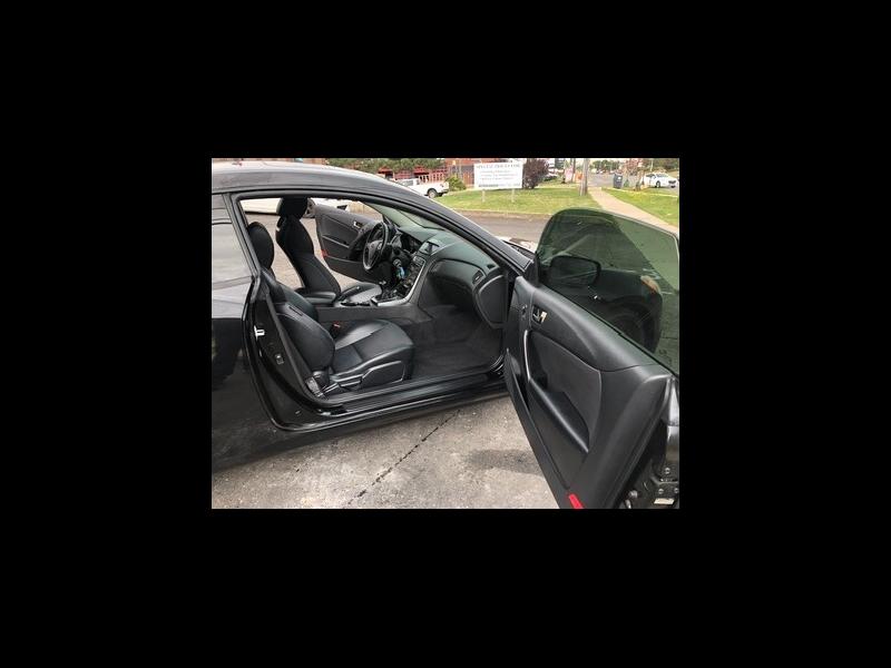Hyundai Genesis Coupe 2012 price $1,399