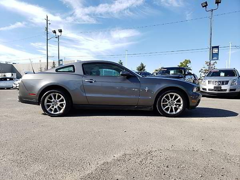 Ford Mustang 2010 price $13,999