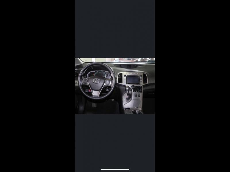 Toyota Venza 2015 price $10,999