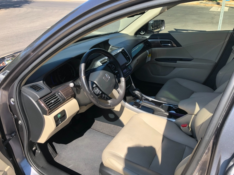 Honda Accord 2017 price $17,995