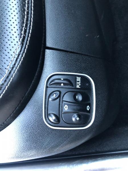 Mercedes-Benz SL-Class 2012 price $26,995