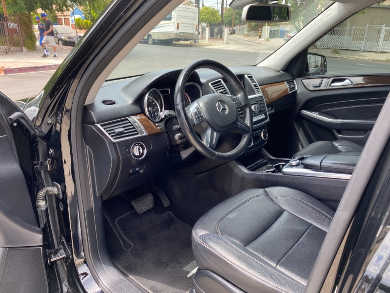 Mercedes-Benz M-Class 2015 price $21,995