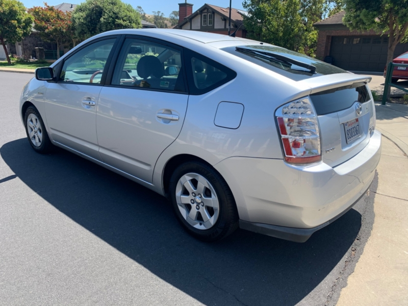 Toyota Prius 2009 price $7,888