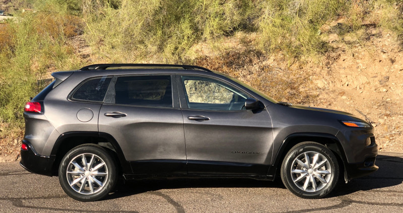 Jeep Cherokee 2018 price $11,950