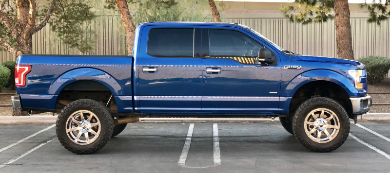 Ford F-150 2017 price $32,800