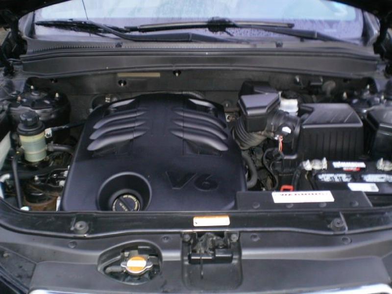 Hyundai Santa Fe 2009 price $6,980