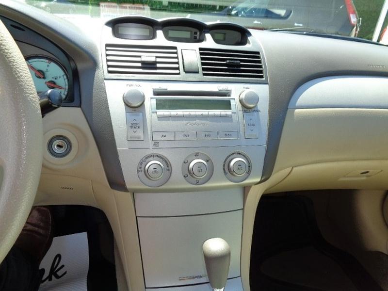 Toyota Camry Solara 2005 price $4,980