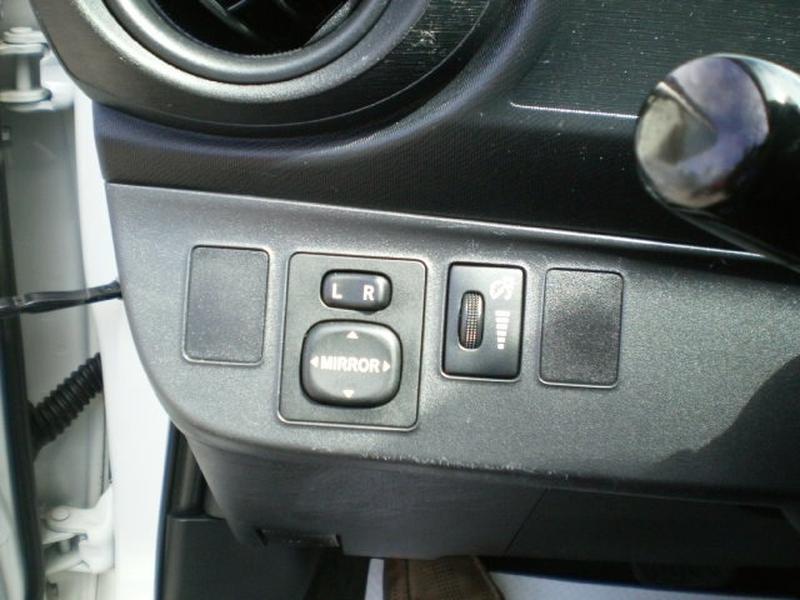 Toyota Prius c 2013 price $12,980