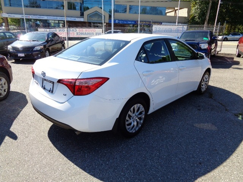 Toyota Corolla 2018 price $17,980