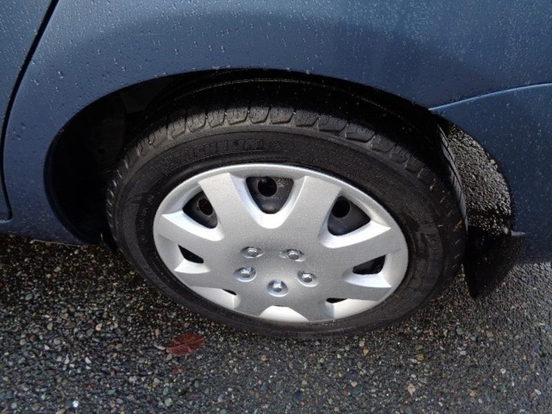 Toyota Yaris 2010 price $7,980