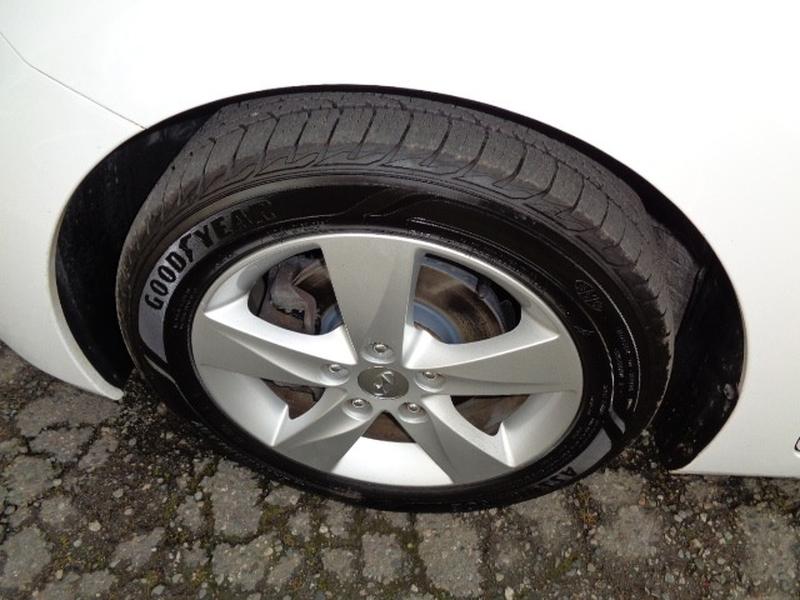 Hyundai Elantra 2013 price $9,980