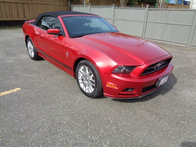 Ford Mustang 2013 price $19,980