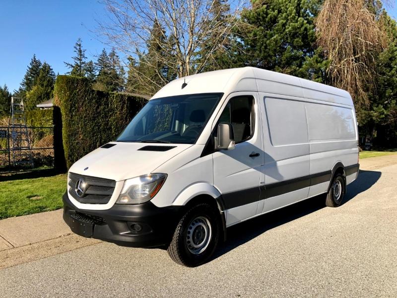 Mercedes-Benz Sprinter Cargo Vans 2015 price $44,800