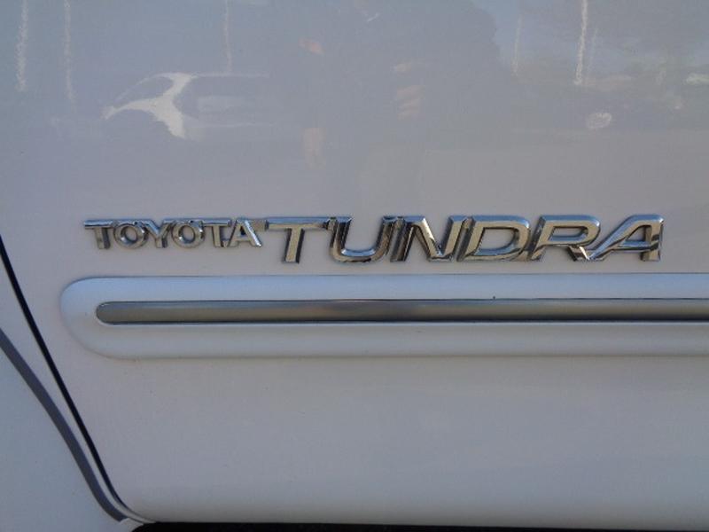 Toyota Tundra 2001 price $13,980