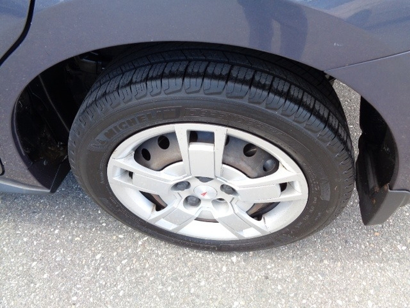 Pontiac Vibe 2010 price $4,980
