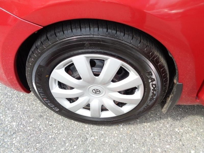 Toyota Yaris 2009 price $6,580