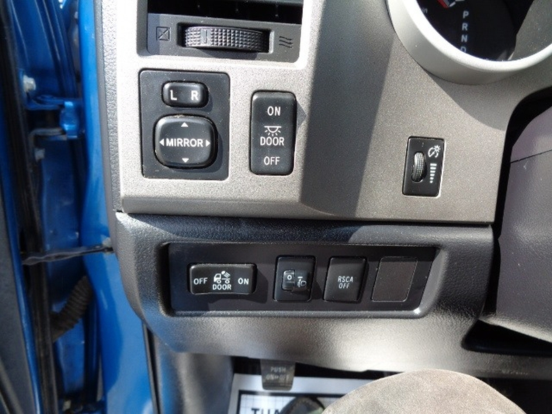 Toyota Tundra 4WD Truck 2010 price $23,980