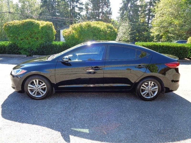 Hyundai Elantra 2017 price $12,580