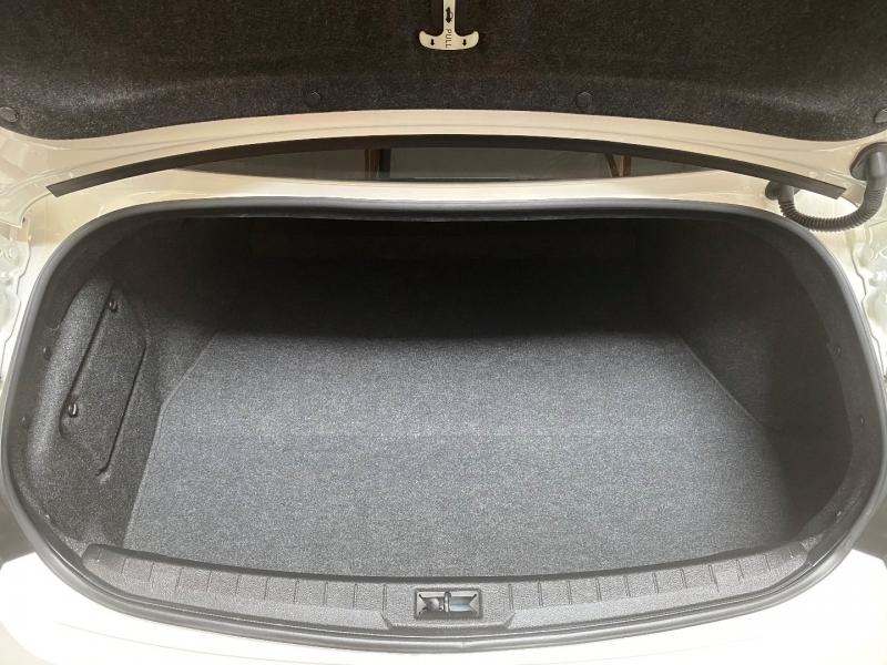 Infiniti Q60 2017 price $32,500