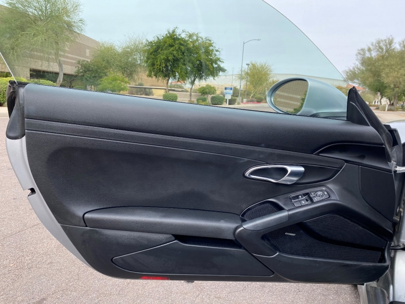 Porsche 718 Cayman 2018 price $55,500